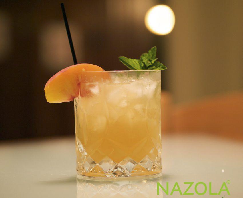 Cách pha cocktail đào mới lạ và cực kỳ đơn giản ngay tại nhà